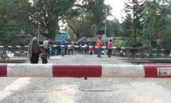 হিলি স্থলবন্দর দিয়ে পণ্য আমদানি-রপ্তানি বন্ধ